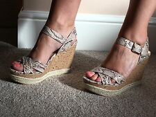 Dorothy Perkins Size 6 High Wedges