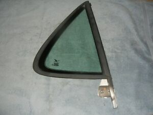 SAAB 9-5 Wagon Right Rear Door 1/4 Window 5186408