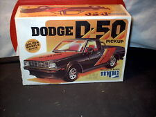 Model Kit Dodge D-50 Pickup