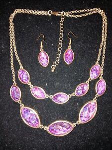 Women's Fashion Design Purple Rhinestone Necklace & Earrings GREAT SET Preowned