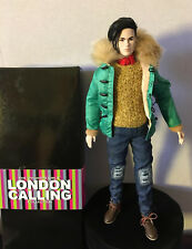 2013 Fashion Royalty Dynamite Girls Kyu London Calling Doll with box