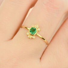18K Yellow Gold Colombian Emerald and Diamonds Ring
