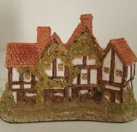 """David Winter Cottages """"The Apothecary's Shop"""" -  1985 Heart of England"""