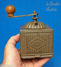 joli petit moulin à café en tôle marque coff - desing industriel