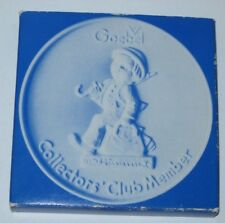 Goebel Collectors' Club Member 1976 Disk Christmas Ornament H J Hummel W Germany