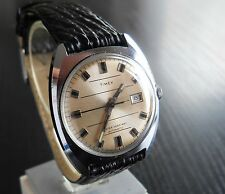 VINTAGE TIMEX 1973 SPORT DATE CLASSIC AUTOMATIC MECHANICAL SELF-WIND MEN'S WATCH