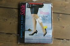 Vintage NWT Silik Queen Size Footless Tights w/ Capri Lace Red Up to 250lbs