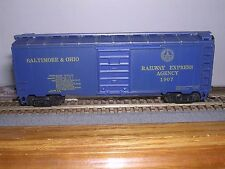 "MDC #1088  B.& O.""R.E.A."" ""Blue"" 40' Round Roof Box Car #1875 KIT H.O. 1/87"