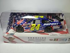 2010 Jeff Gordon #24 DuPont Honoring Our Soldiers 1:24 NASCAR Winners Circle MIB