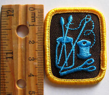 Girl Guide 1990's Brownie CRAFTS OUTLOOK BADGE Swewing Scissors Patch Canada