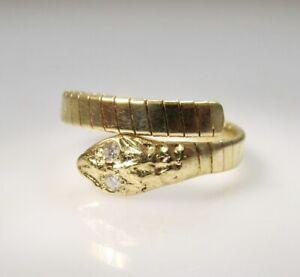 VINTAGE 18K YELLOW GOLD DIAMOND EYE COILED SNAKE RING ITALY RETRO
