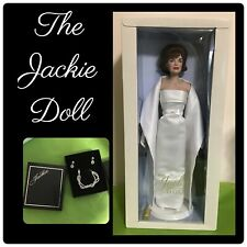 The Jackie Doll Franklin Mint Jacqueline Kennedy Onassis Gown Purse Jewelry