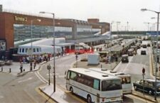 PHOTO  MIDDLESEX 1992 HEATHROW AIRPORT ENTRANCE TO TERMINAL 2 VIEW SW