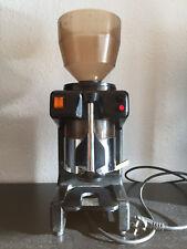 LA PAVONI ZIP AT professionelle Kaffemühle mit Dosierer - gebraucht