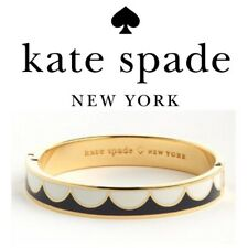 Kate Spade All the Trimmings Hinged Bangle NWT Navy & White Scallops
