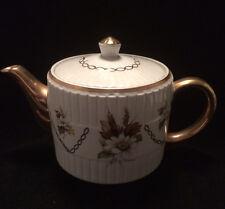 Wood & Sons Ellgreave Gold Design Teapot