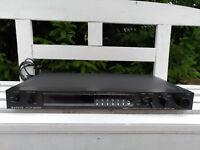 SANYO PLUS T55 Quartz PLL Stereo Tuner Digital Dial 8 Speicher Edelstahl schwarz