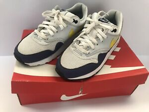 nike air max 1 boys mens size uk 4 in great condition only worn 4/5 times