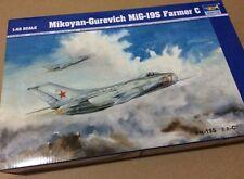 Trumpeter 02803 1/48 MiG-19S Farmer C