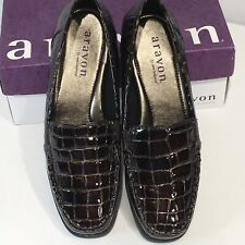 Aravon New Balance Whitney 226231 Brown Crocodile Embossed Loafers 8 D