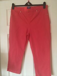 Ladies Cropped Jeans Size 16 Pull On