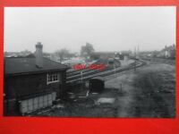 PHOTO  HEREFORD RAILWAY STATION  VIEW BACK FROM S/B TO STATION