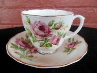 Fine Bone China Made in England Rose Floral Motif Cup & Saucer