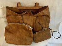 Steve Madden 3 Piece Purse, Cosmetic, Wristlet Brown Excellent Condition