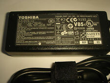 Power supply ORIGINAL TOSHIBA Dynabook AW2 AX2 Series / Qosmio F45 ORIGINAL