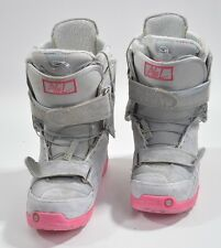 2012 WOMENS BURTON AXEL SNOWBOARD BOOTS $280 SIZE 8 grey pink USED