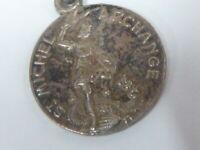 MEDAILLE RELIGIEUSE SAINT MICHEL ARCANGE en métal argenté