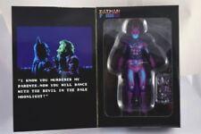 Action figure di eroi dei fumetti originale aperti NECA
