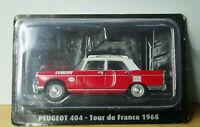 Voiture 1/43e Atlas TOUR DE FRANCE Norev - Peugeot 404 l'EQUIPE - Caravane 1968