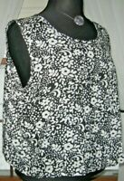 Gap Women's Blouse Floral Sleeveless Crop Top Black White size Medium EUC