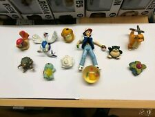 11 x Pokemon Figures