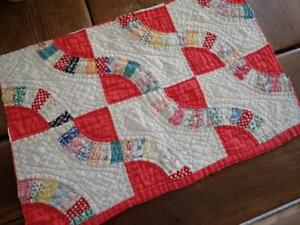 Tiny Pieces Coral Red + Feedsack QUILT Cutter PC 20x13 1/2