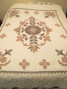 """Hand Embroidered FULL SIZE CROSS-STITCH QUILT Machine Quilted 88x74"""""""