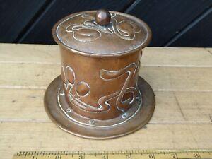 Antique hammered Copper pot - Arts & Crafts / Art Nouveau Design Copper Pot +lid