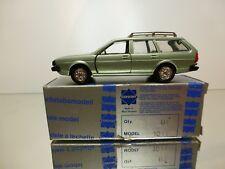 CONRAD 1011  VW VOLKSWAGEN PASSAT VARIANT - PALE GREEN 1:43 - VERY GOOD IN BOX