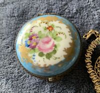Vintage Peint Main French Limoges pill jewelry box hand painted floral
