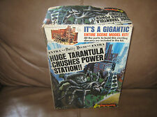 Huge Tarantula Model Kit in Box by Fundimension 1975