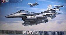 1/48 F-16 C Block 50 Fighting Falcon by Tamiya