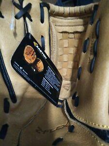 Easton ZFX1101 Ball Glove