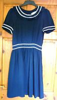 Jaeger Boutique ladies navy white dress size 8 Navy blue silk dress white piping