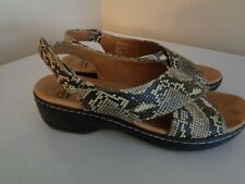 Clarks Collection WOMEN'S FAUX SNAKESKIN Hook & Loop Slingback Sandals SZ 9.5M