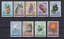 Echte Briefmarken aus Jugoslawien mit Pflanzen-Motiv als Satz