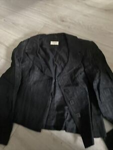 Kaliko 2 piece suit size 18
