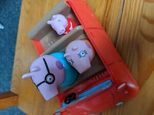 Peppa Pig Car  with fixed in characters