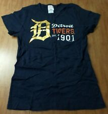 DETROIT TIGERS juniors lrg T shirt Old English D logo T shirt est 1901 baseball