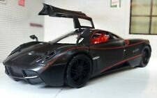 G 1:24 Scale Pagani Huayra Detailed Motormax Diecast Model